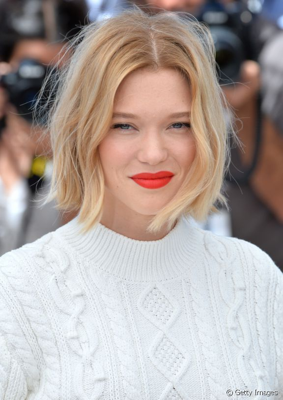 Lea Seydoux A Opte Pour Un Balayage Blond Dore Sur Un Carre Court Wavy Bob Haare Haarschnitt Kinnlange Haare