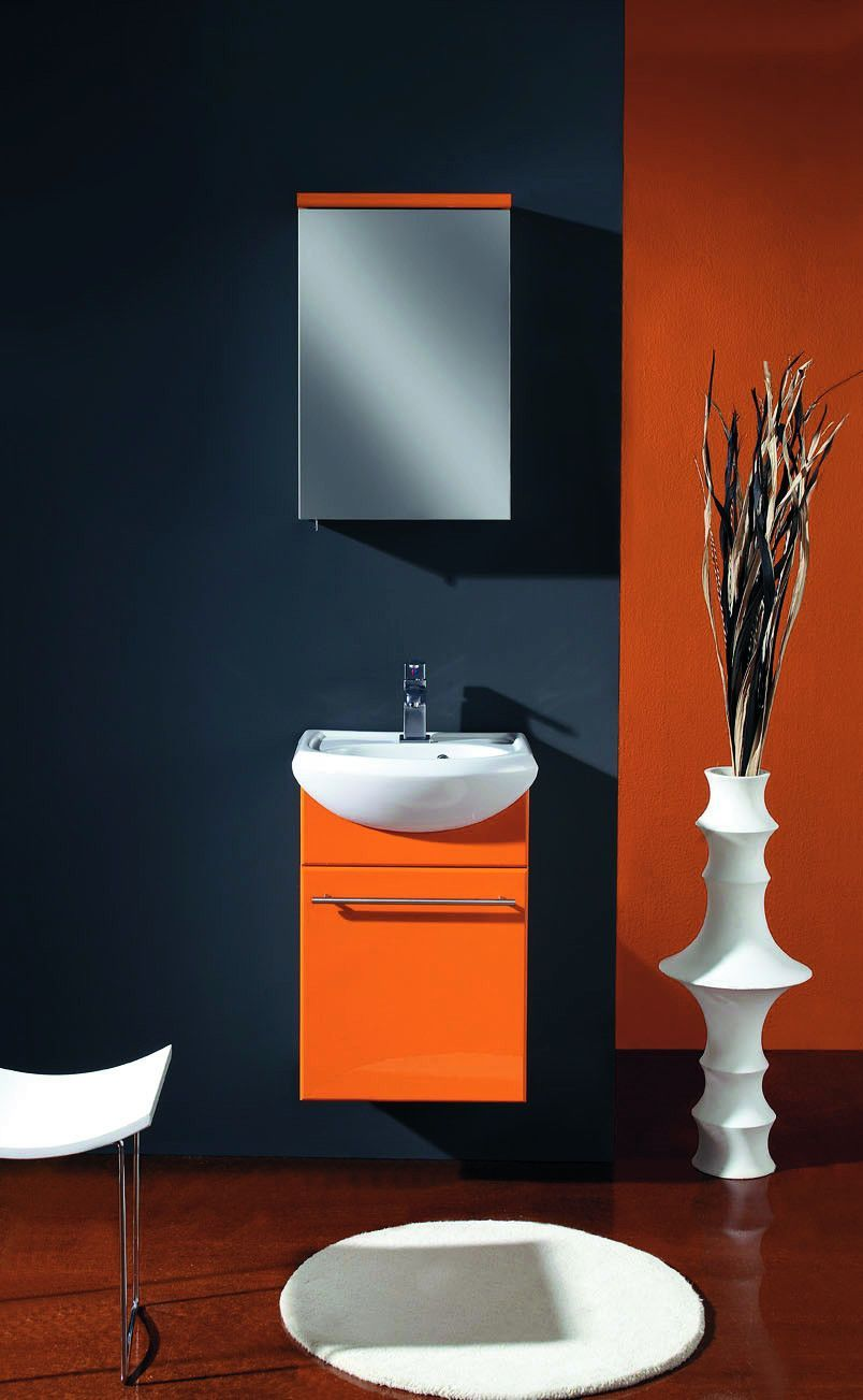 Beautiful White Wall Mounted Bathroom Cabinet
