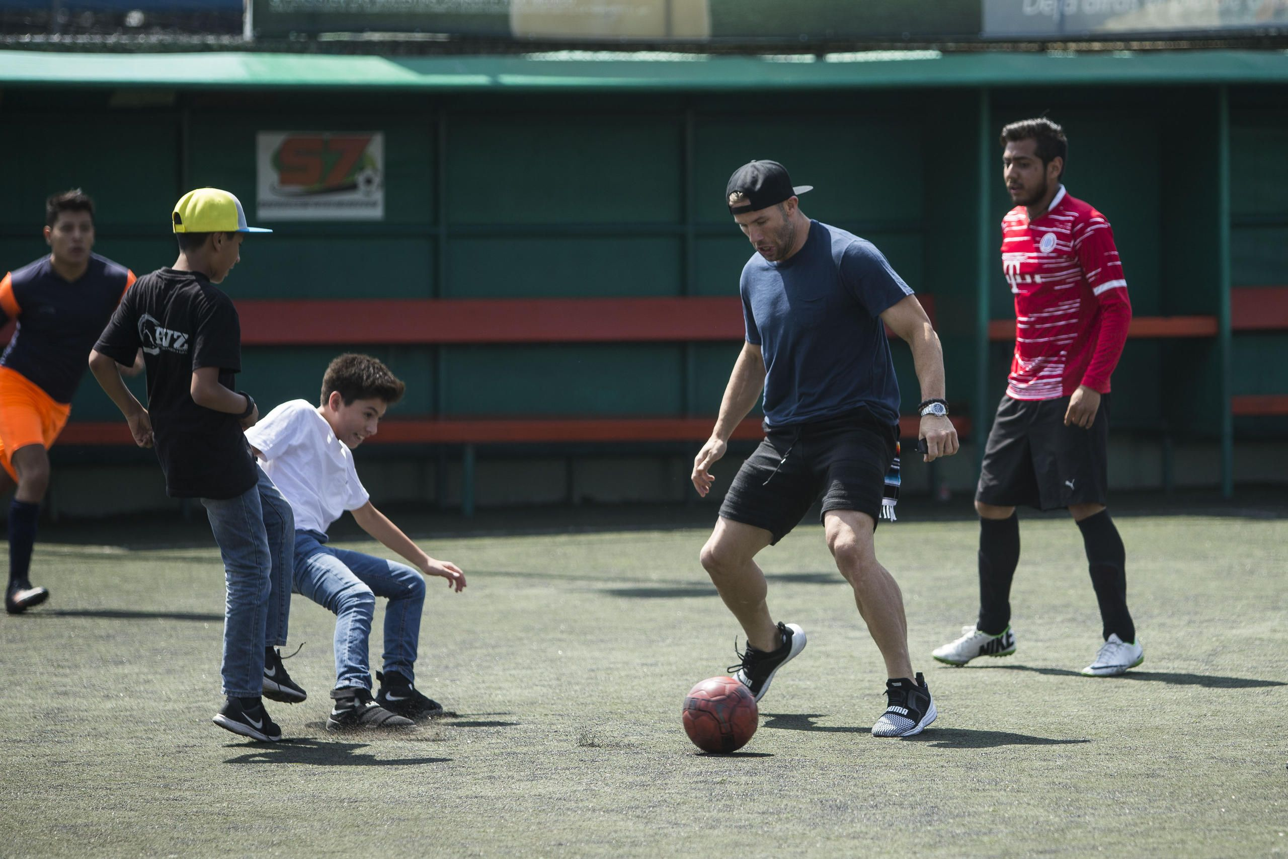 Best Images From Julian Edelman And Danny Amendola S Trip To Mexico Julian Edelman Mexico Travel Mexico City