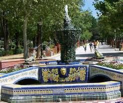 Fuente De Las Ranas Talavera España Cerámica De Talavera Fotos