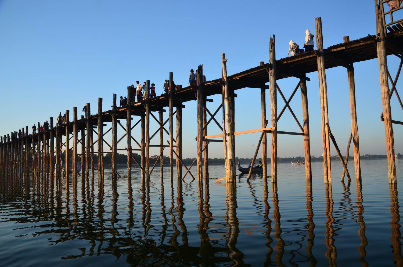 Pont U Bein, Birmanie | sous le pont afin d apprécier chaque point de vue unique la lumière ...