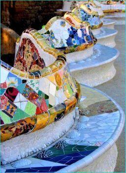 toys r us arts and crafts   barcelona spanien, parque güell, mosaik