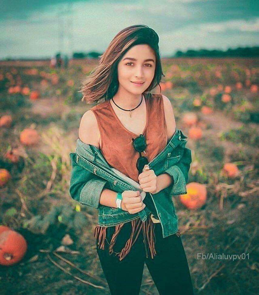 Alia Bhatt Portrait Photography Portrait Photography Hi ~ i'm elliot and i'm a senior at vanderbilt university studying business. pinterest