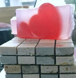 FROZEN HEART ( our version of Be Delicious DKNY)smells so good!! from  http://www.jessesgirlbathnbeauty.net/#!product/prd1/1773819065/frozen-heart-(-our-version-of-be-delicious-dkny)