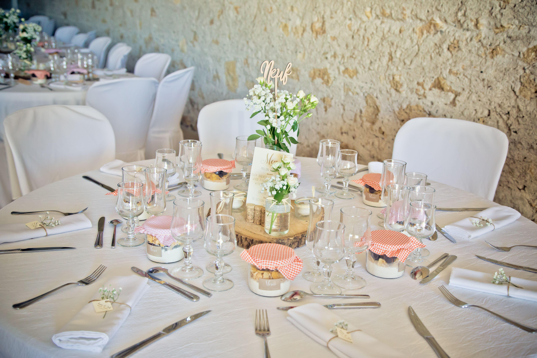 décoration table de mariage rose et orange et corail décoration chic