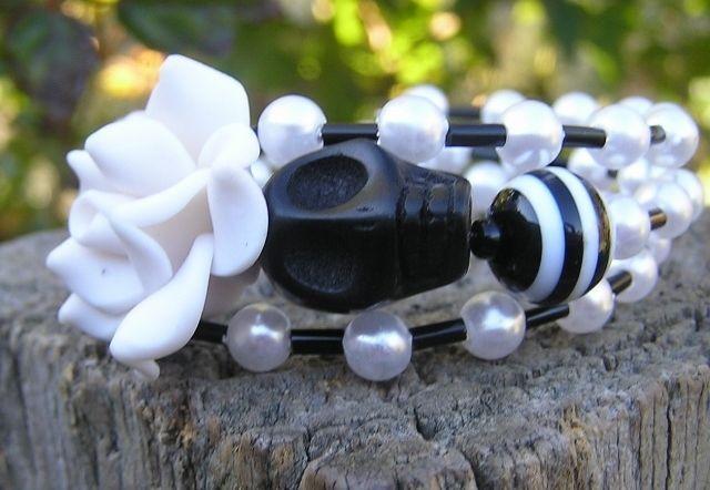 Rockabilly Day of the Dead Sugar Skull Bracelet 3 Loops Wrap Around Memory Wir #Wrap