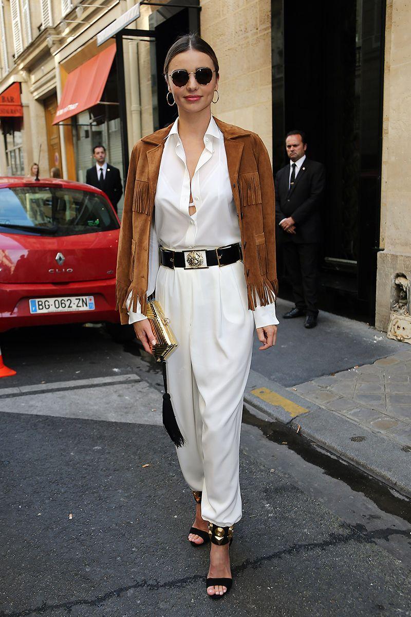 Miranda Kerr pairs fringe and sleek sophistication.
