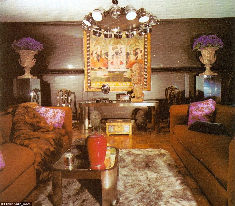 Eat your heart out Austin Powers! The dizzying retro room sets sold ...