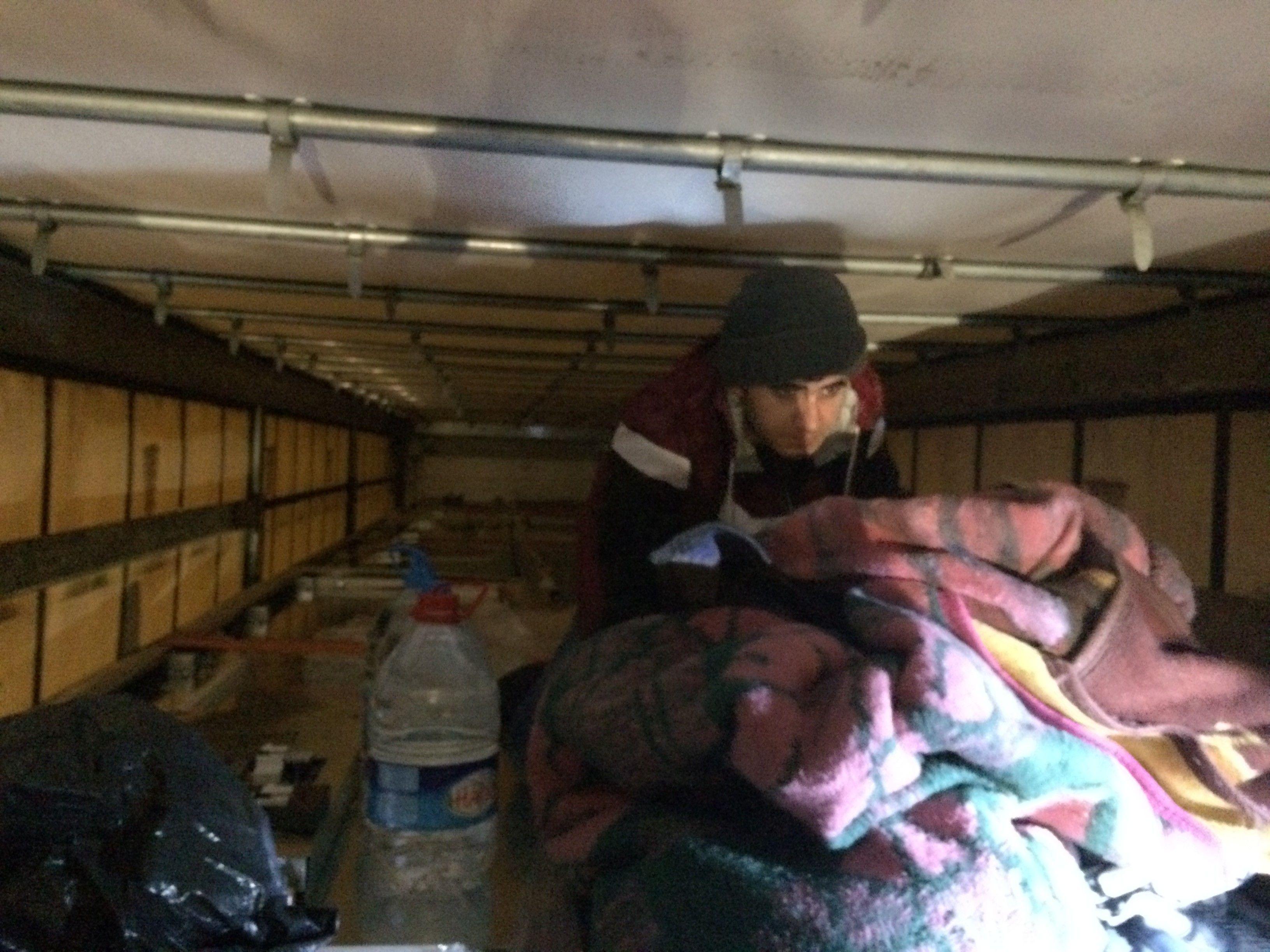 Gemiye yüklenen TIR'larda 11 sığınmacı yakalandı - Çınar Haber Ajansı