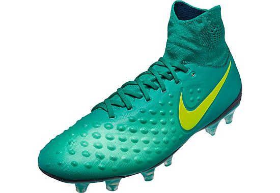 nike majestic football boots