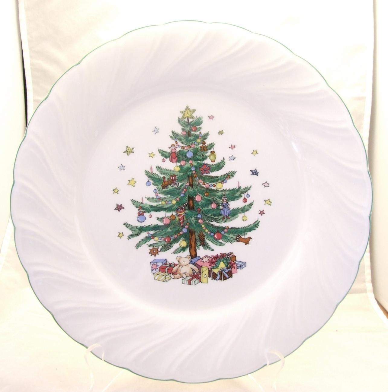 Happy Holidays Nikko Japan Christmas Tree Dinner Plate | Shop Online ...
