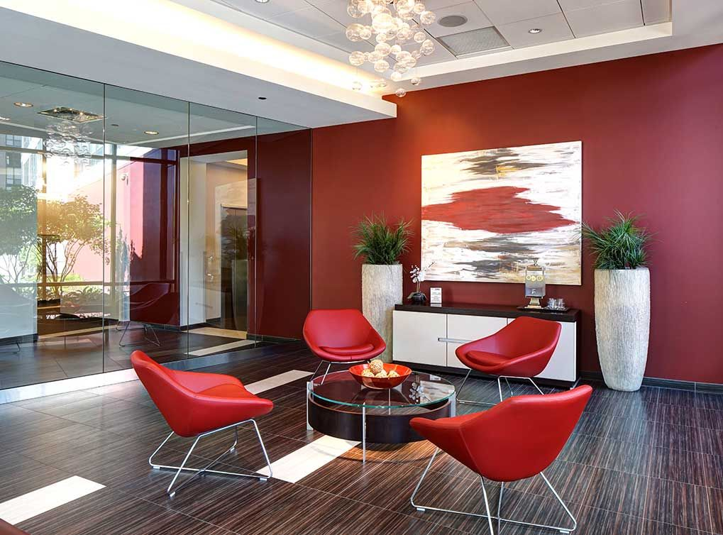 The lobby at AMLI 900, South Loop apartments in Chicago