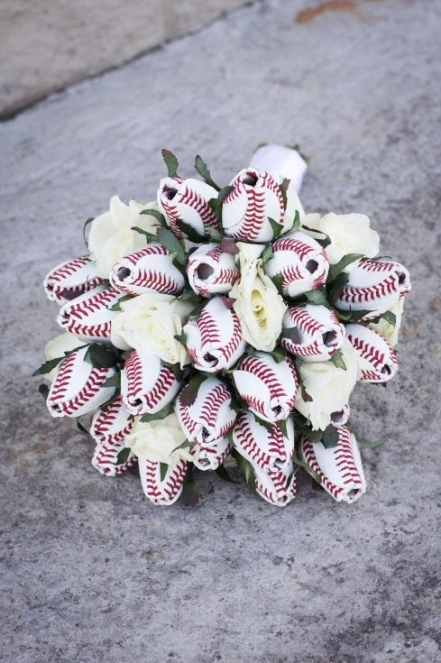 how to make a baseball bouquet