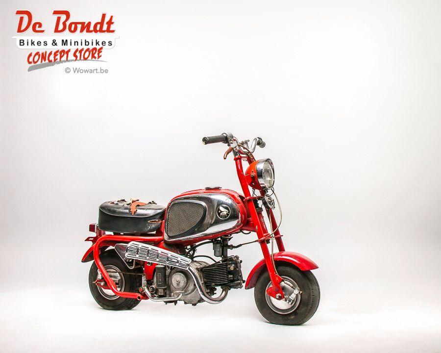 Honda cz100 1964