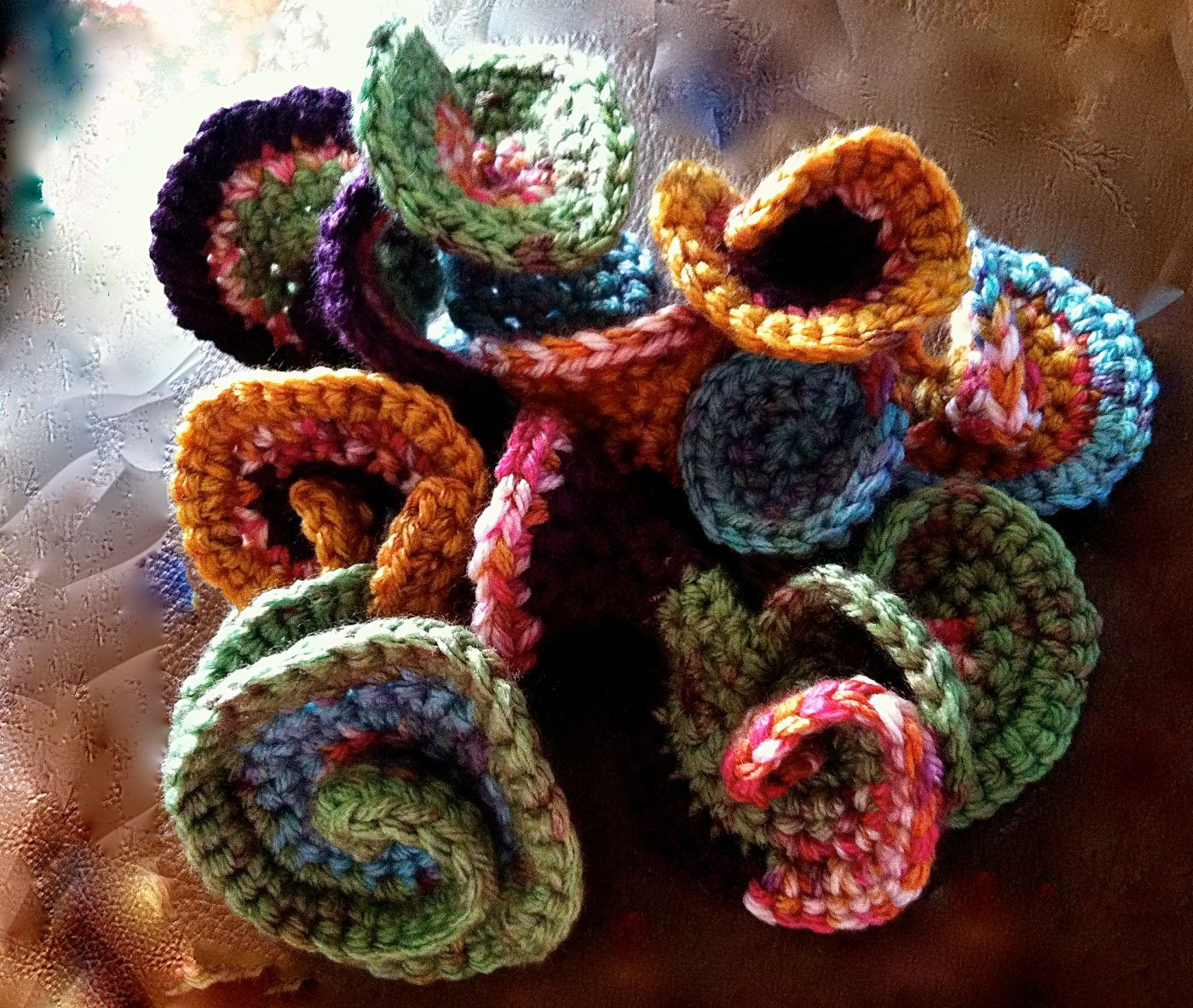 Step by Step instructions for making a freeform crochet sculpture
