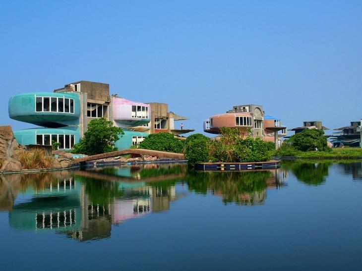 22. Заброшенный курортный город Санчьжи, Тайвань