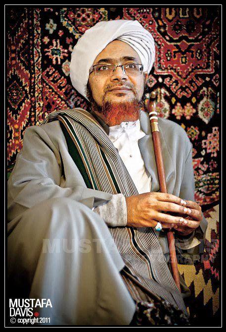 Kumpulan Foto Habib Umar Bin Hafidz Muslim Fiqih Muslim People Islamic Pictures Islamic Paintings