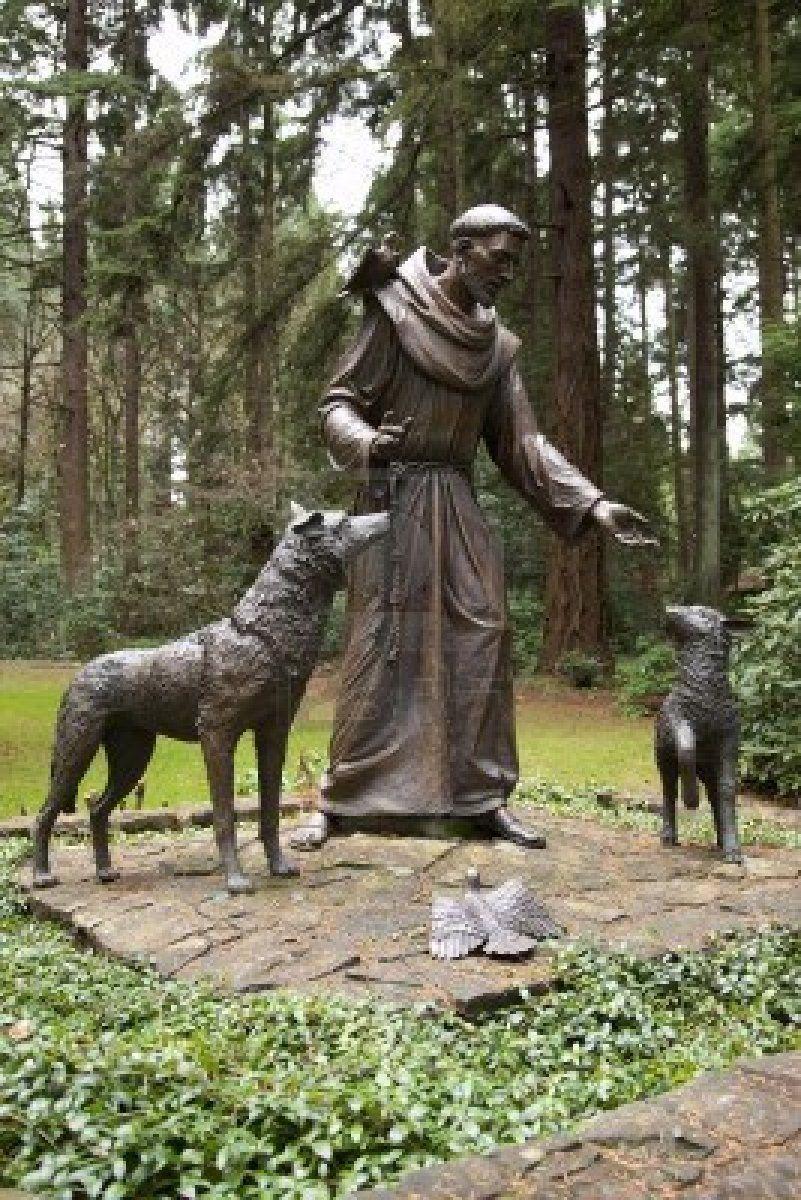 Estatua de san francisco de as s en el parque grotto for Garden statues portland oregon