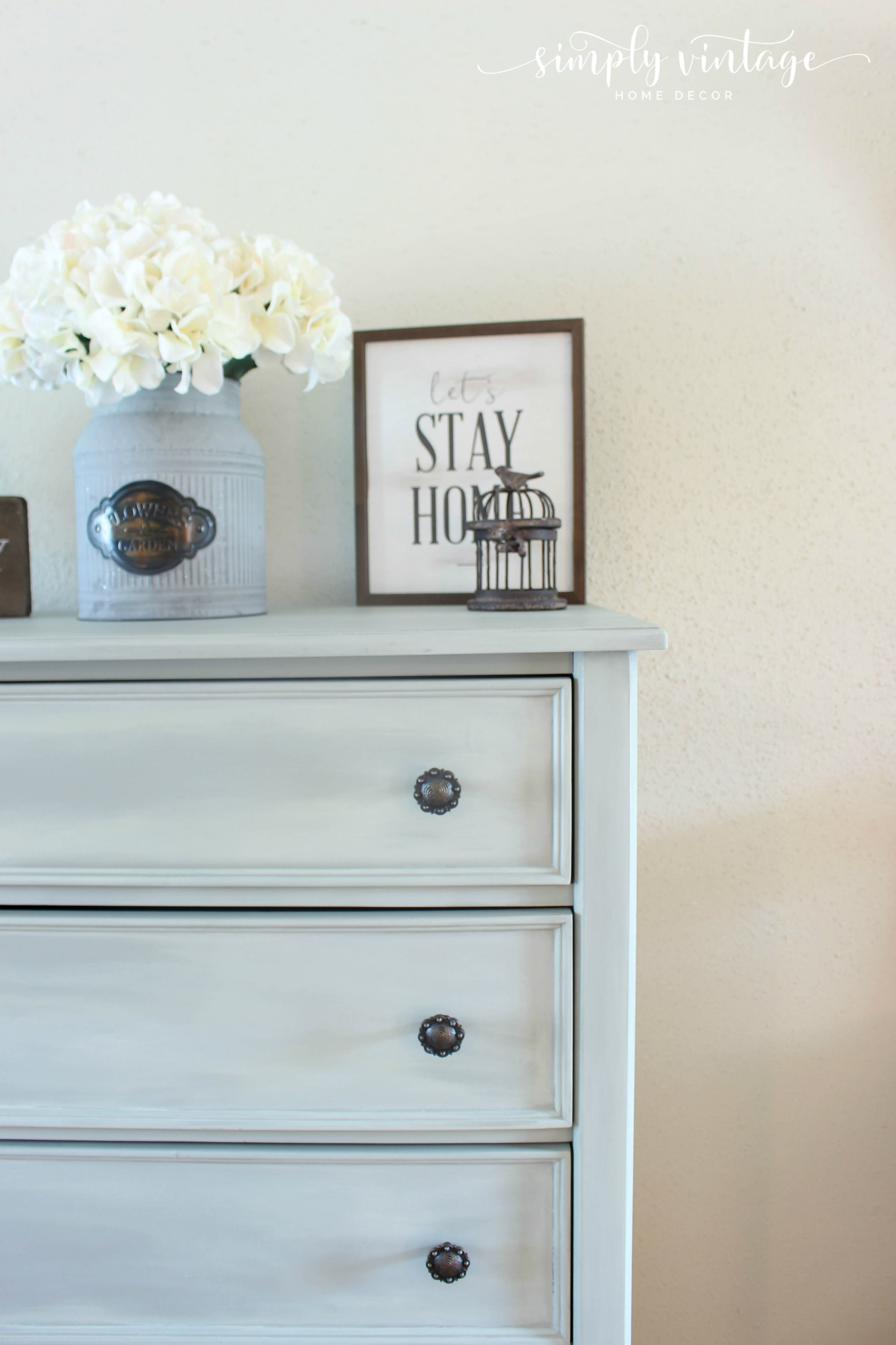 Dresser Makeover How To Color Washing For A Farmhouse Look Homedecor Paintedfurniture Chalkpaint Farmhousestyle Farmhousedecor Diy