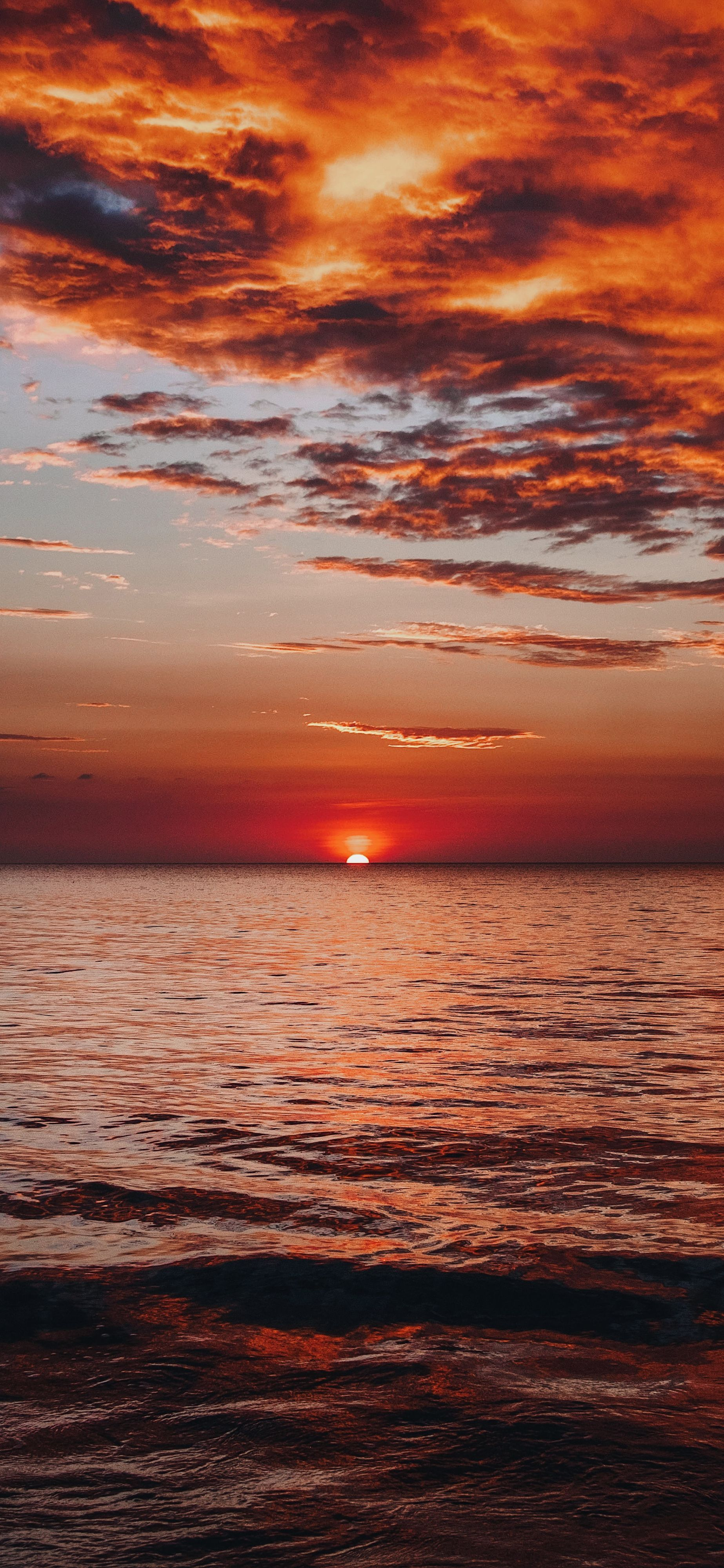 Pin By Laurissa Azar On 海 In 2020 Sunset Wallpaper Ocean Wallpaper Pictures To Paint