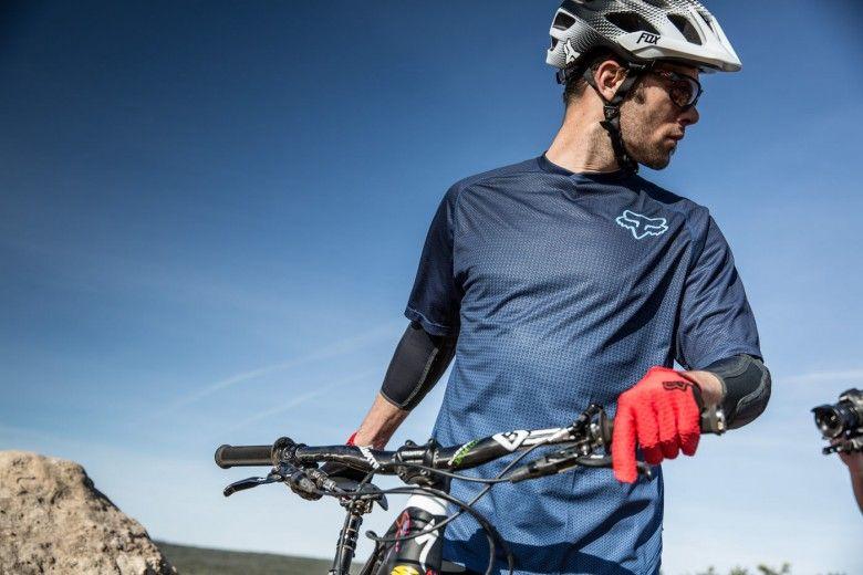 90c9e8a96d7 Fox Flux Womens Mountain Bike Helmet - VAST