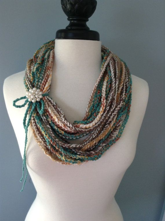 Crocheted Necklace Scarf | cuellos | Pinterest | Diferentes tipos de ...
