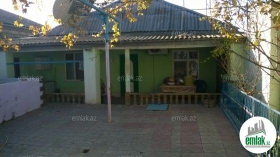 Satilir 4 Otaqli 200 M2 Ev Villa əmircan Suraxani Rayonu Emircan Qesebesi Unvaninda Outdoor Decor Decor Outdoor