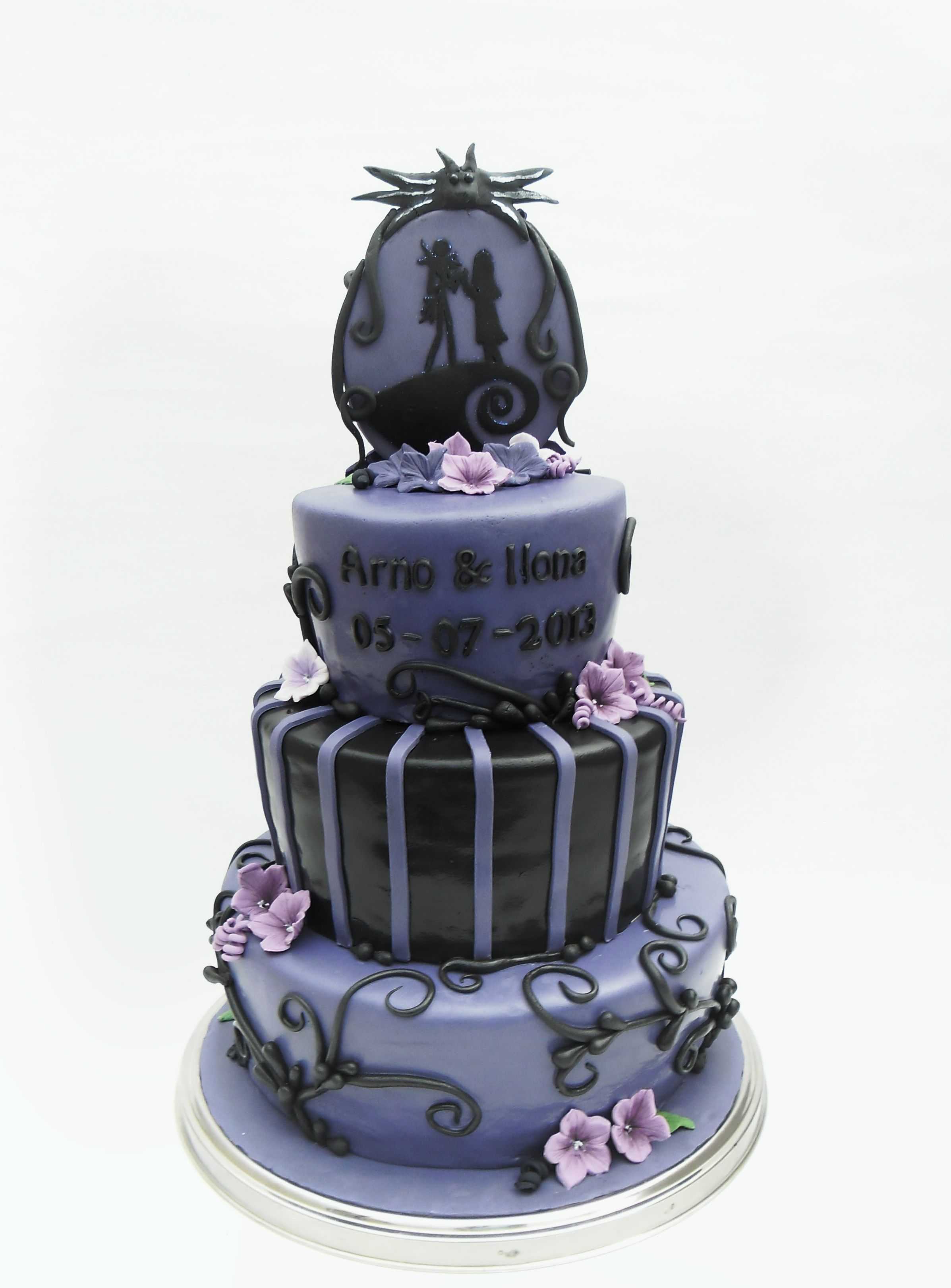 Nightmare before Christmas wedding cake | night before Christmas ...