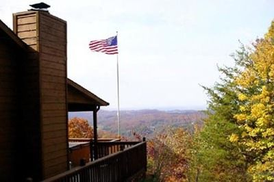 forge cabins rentals a pigeon located at rental bedroom in dreamer cabin tennessee patriot