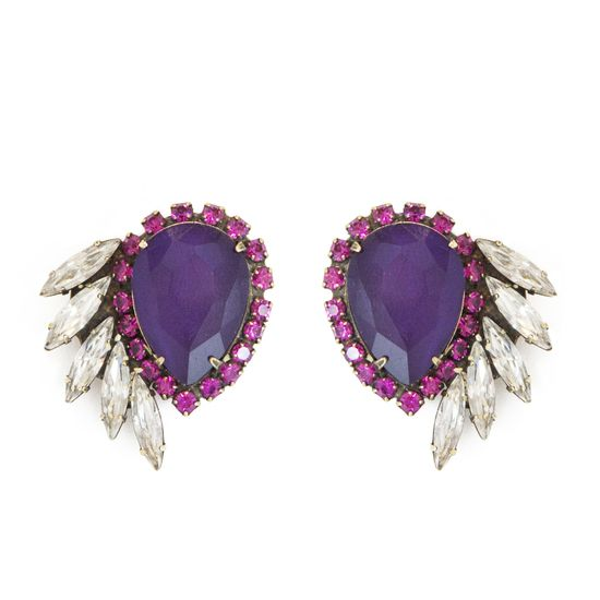 vintage-inspired Sarra earrings make a glam statement for everyday wear or cocktail hour