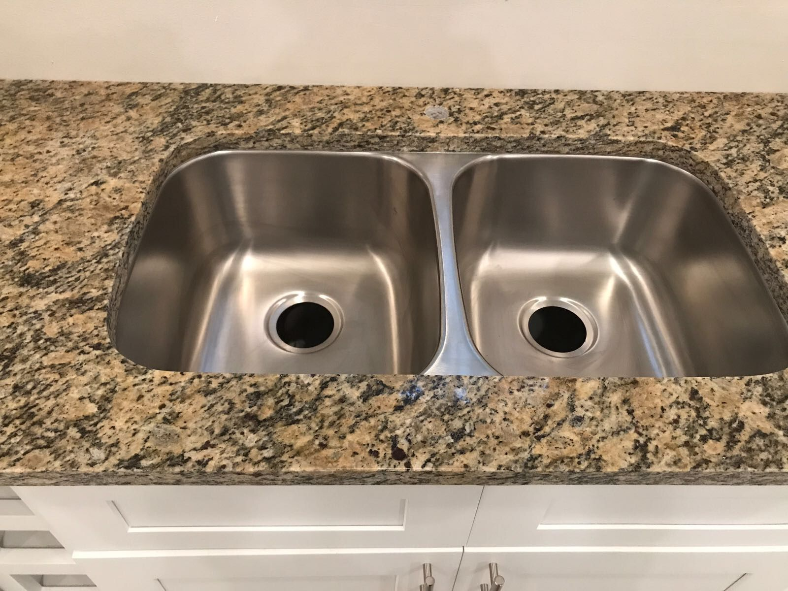 New Venetian Gold Granite With Undermount 50 50 Stainless Steel
