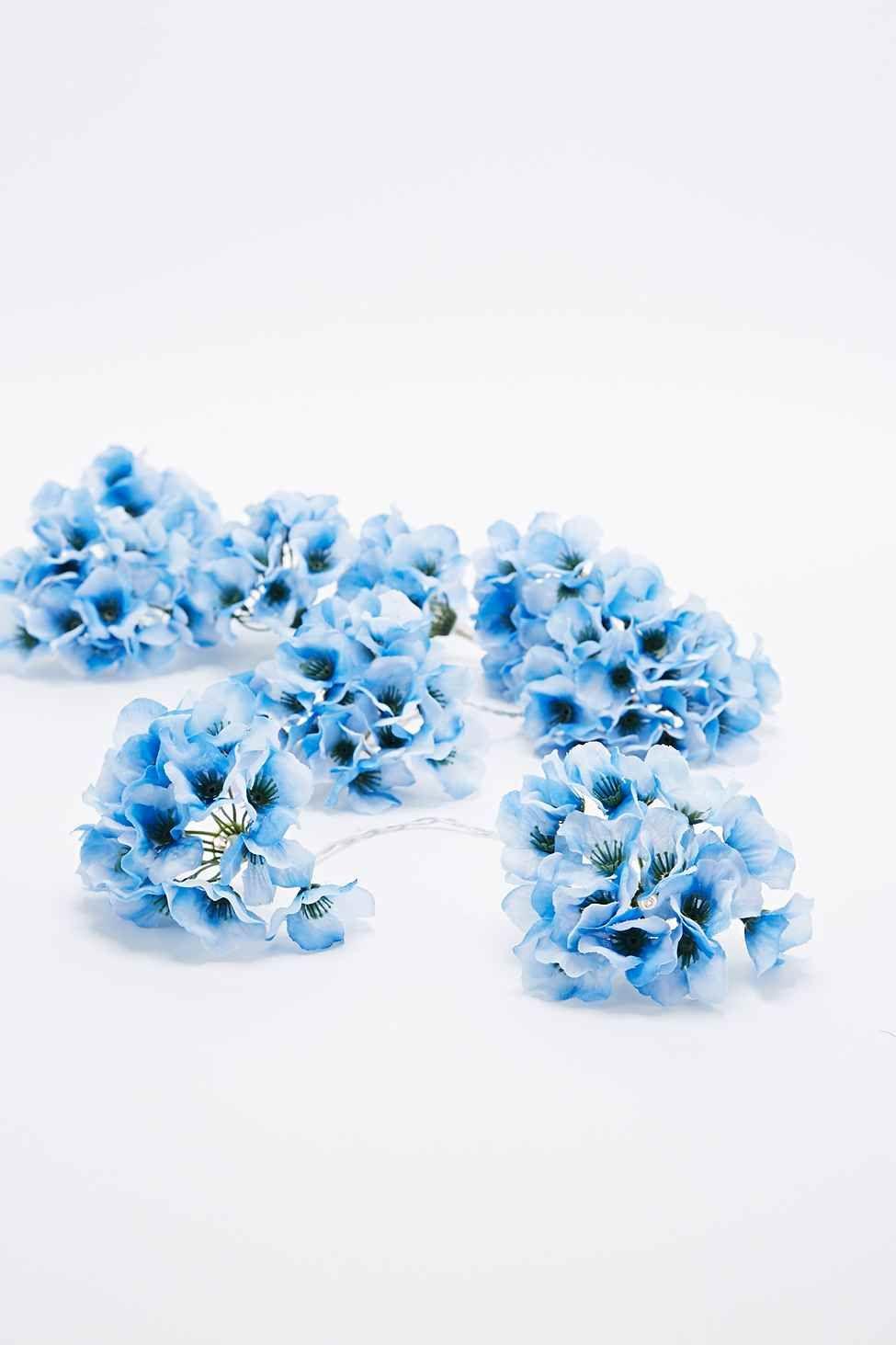 Guirlande lumineuse hortensia bleu Urban Outfitters