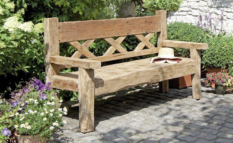 22 Tolle Design Ideen Fur Eine Gartenbank Aus Holz Garten Moderne Sitzbank Dekoideen Stein Garden Halbru Gartenbank Holz Holzbank Garten Sitzbank Garten
