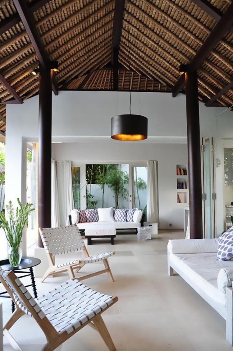 Lovely Contemporary Beach House Decor