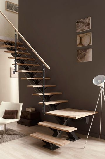 escalier les mod les d 39 escaliers pr ts monter escaliers pinterest escalier quart. Black Bedroom Furniture Sets. Home Design Ideas