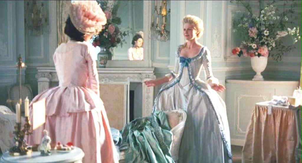 costumes marie antoinette kirsten dunst | Kirsten Dunst Marie Antoinette