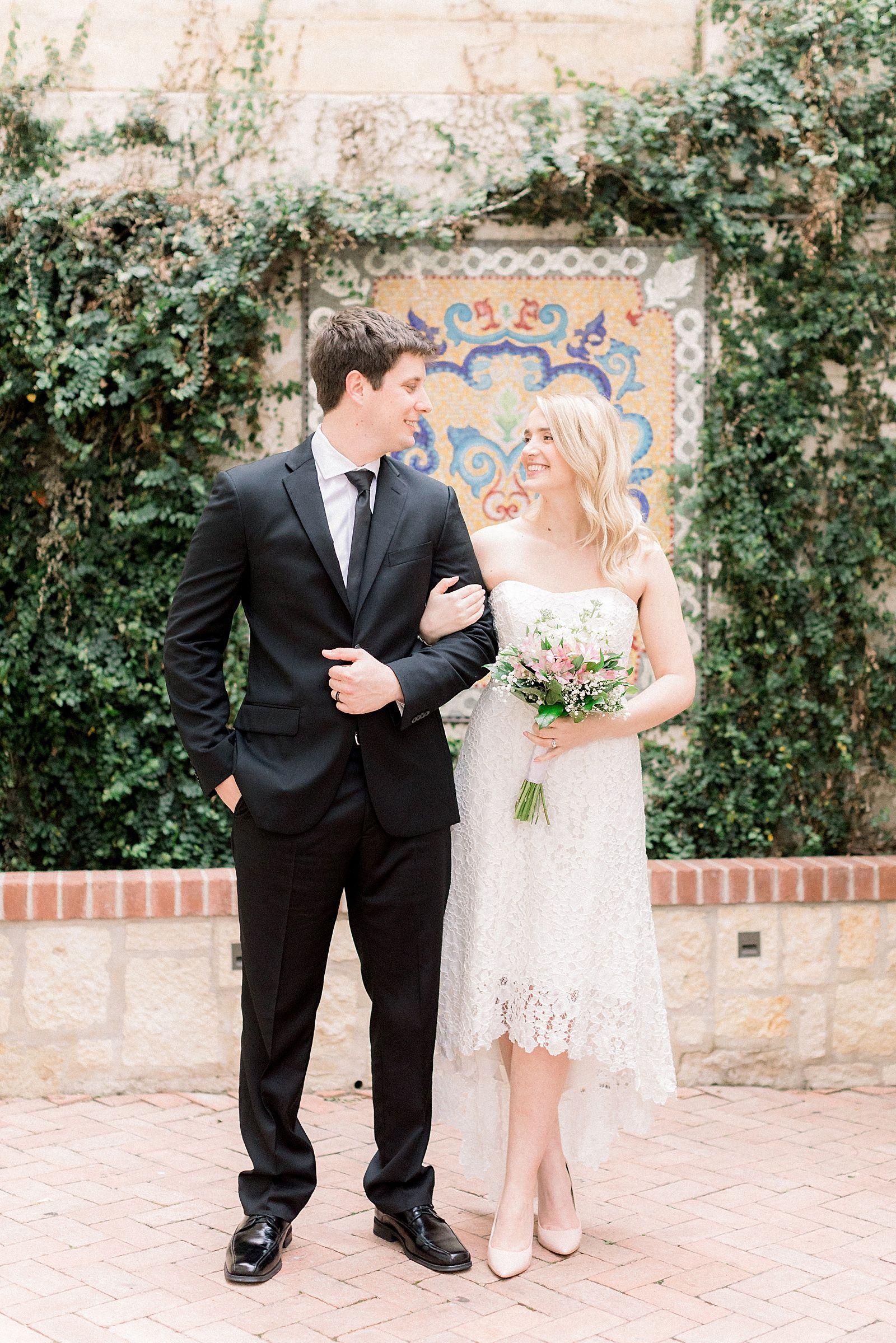 San Antonio Elopement Krenare And Ryan Annakayphotography Net San Antonio Wedding Photographer San Antonio Wedding Photography San Antonio Weddings [ 2399 x 1600 Pixel ]