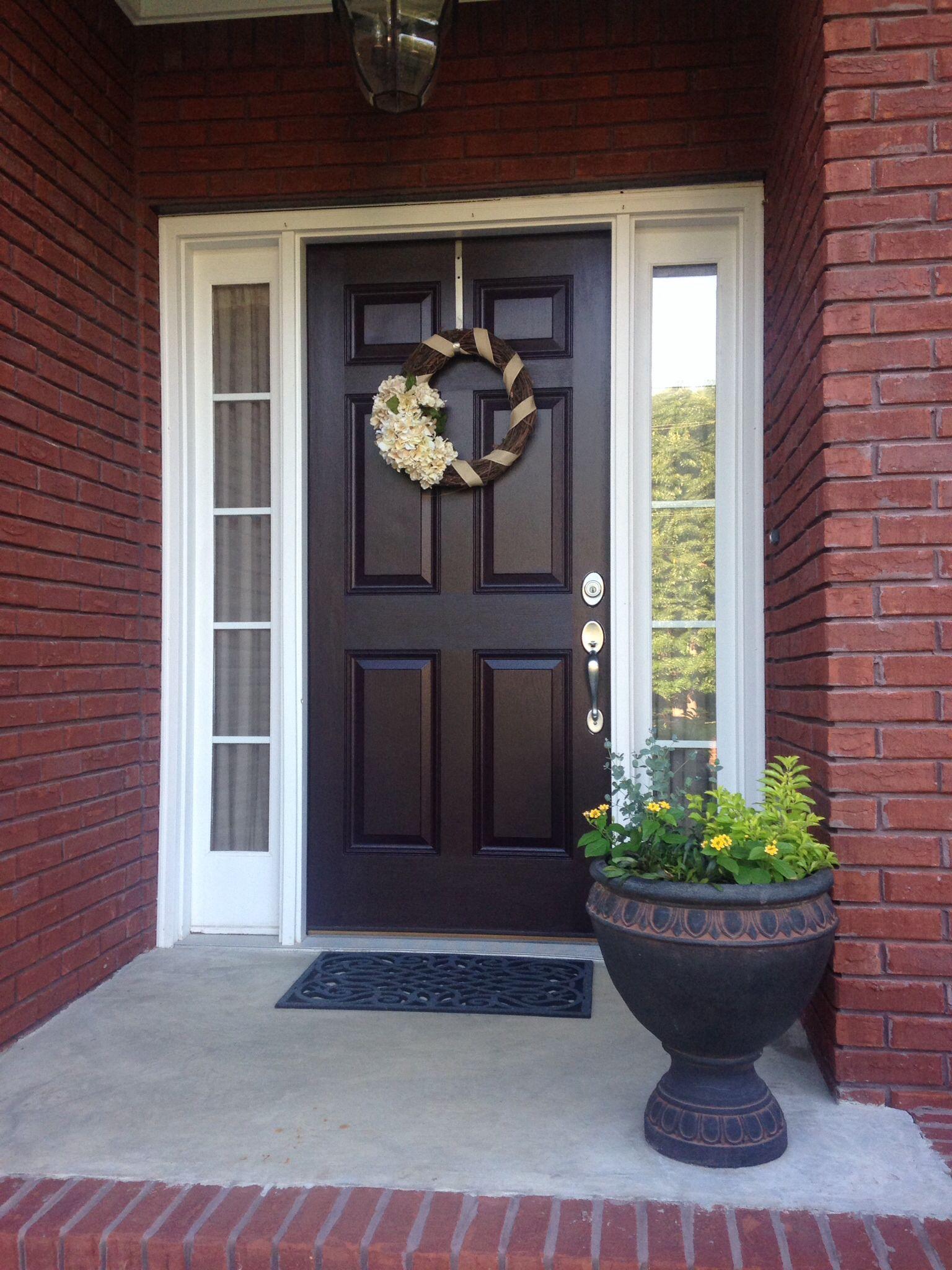 Sherwin williams raisin front door color home for Colors of front doors