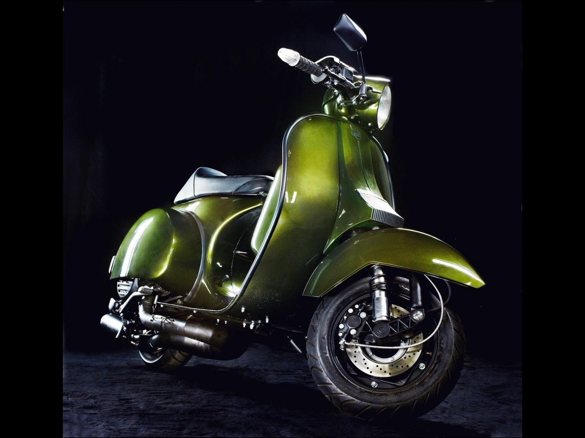 Gorgeous Totally Custom Vespa Px 220 Too Beautiful To Race