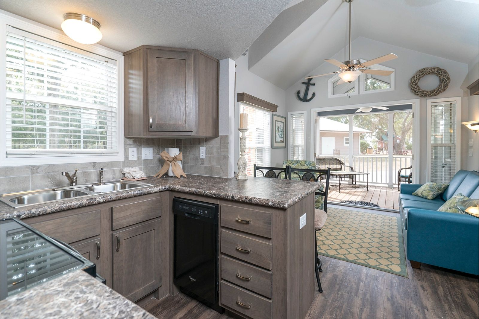 royal series - torreya park model home with loft - kitchen https