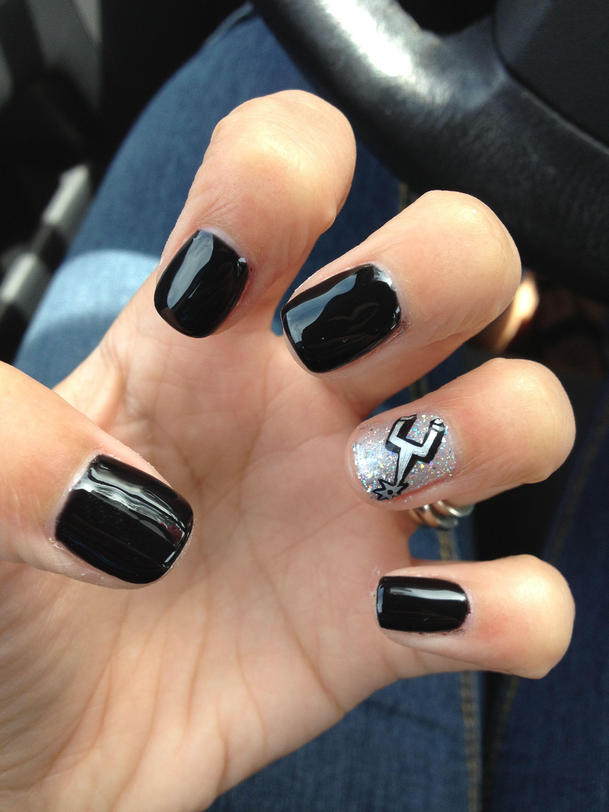 San Antonio Spurs Nails :) Go Spurs Go!! Black & Silver!! Done by ...