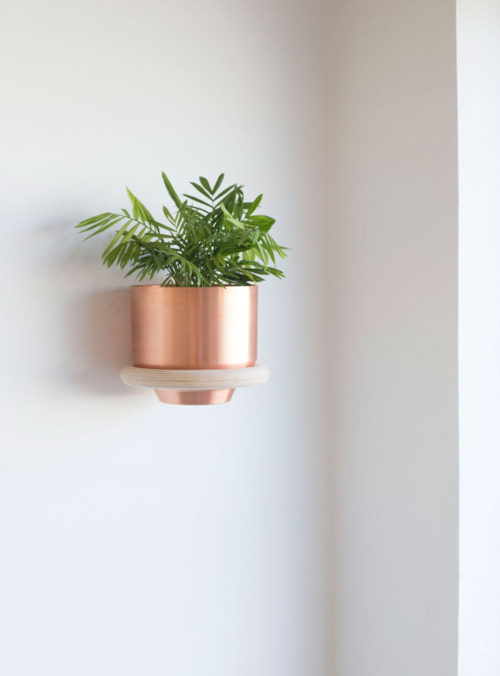 Wall Mounted Wood And Copper Planter Wall Mounted Planters Cool Desk Accessories Plant Wall