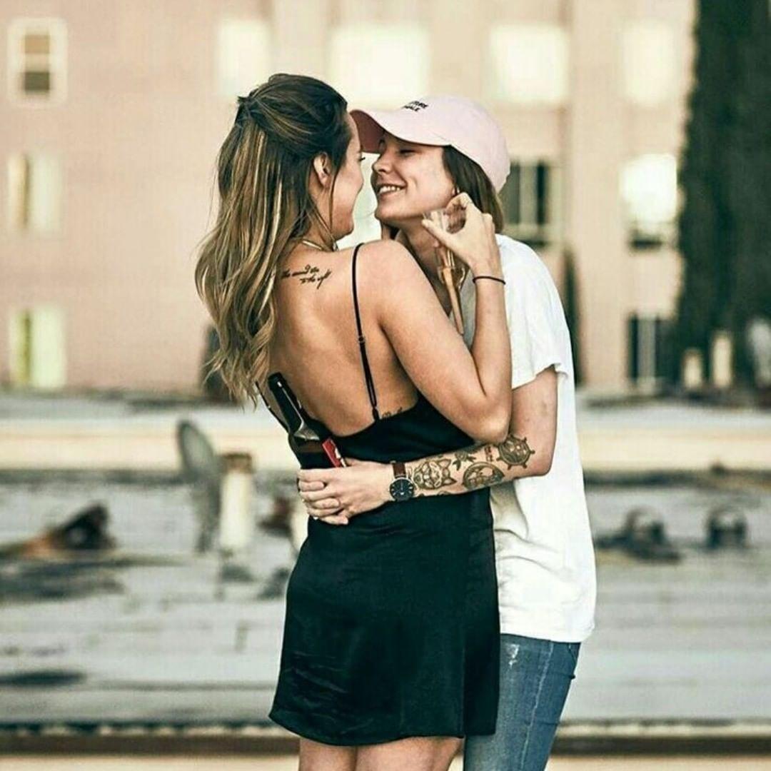 Lesbian woman dating get dating zorpia