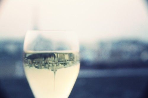 All Paris in one Champagne Glass - @Deedee Paris tips about the beautiful view from the 247 rue de Vaugirard 75015 Paris Rooftop Bar