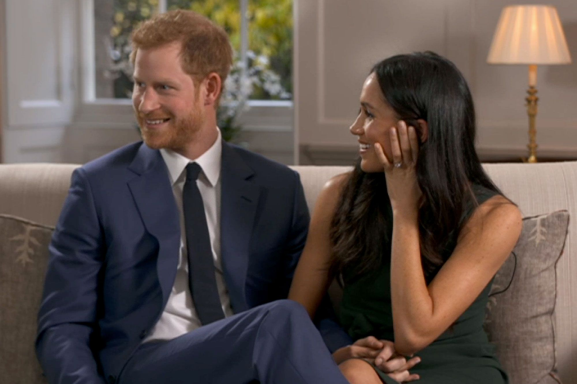 Meghan Markle And Prince Harry Giggle And Goof Off Behind The Scenes Of Engagement Interview Prince Harry And Meghan Prince Harry And Megan Harry And Meghan