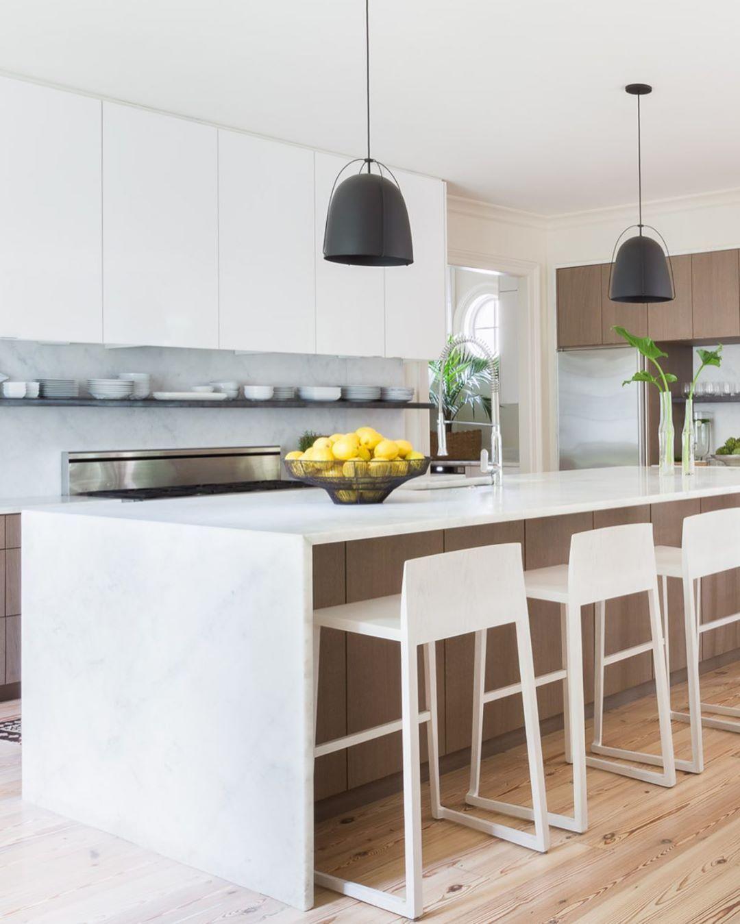 Sean Anderson On Instagram Bright White W Archdigest Photo Alyssarosenheck In 2020 Architectural Digest Kitchen Architectural Digest Modern Kitchen