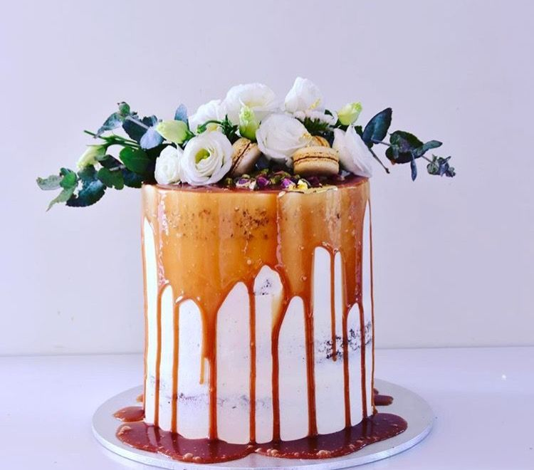 Wedding Flowers Canberra: Wedding Dessert