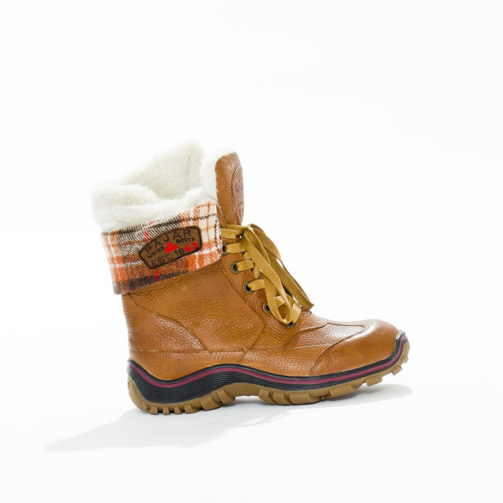 I just bought these Pajar Alice boots, LOVE them.