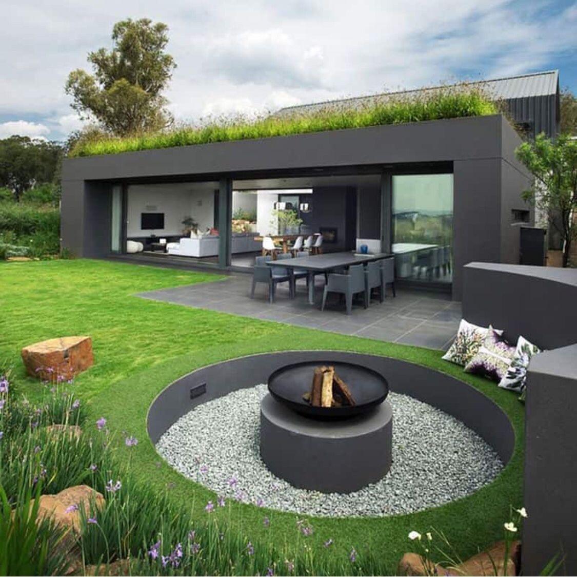 Pin Von Kryst Sidyt Auf Jardin Feuerstelle Garten Vorgarten Design Vorgarten Modern