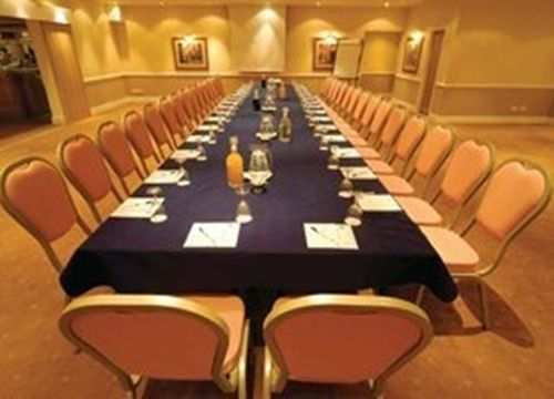 #Manchester- Best Western Cresta Court Hotel: http://www.venuedirectory.com/venue/1147/best-western-cresta-court-hotel - This #venue is ideal for #cenferences, #meetings, #banquets and corporate #events.